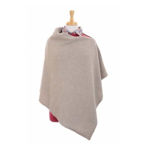 Cashmere and Merino knitted poncho dinghy