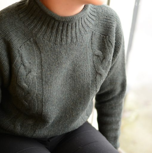 ladies cable turtle neck colour forest