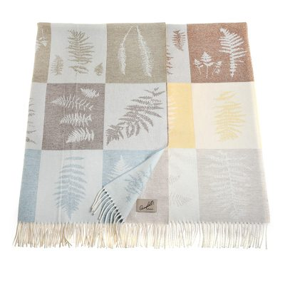 blanket with fern leaves pattern