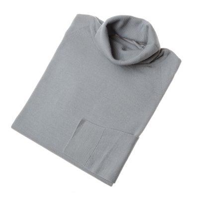 grey poloneck